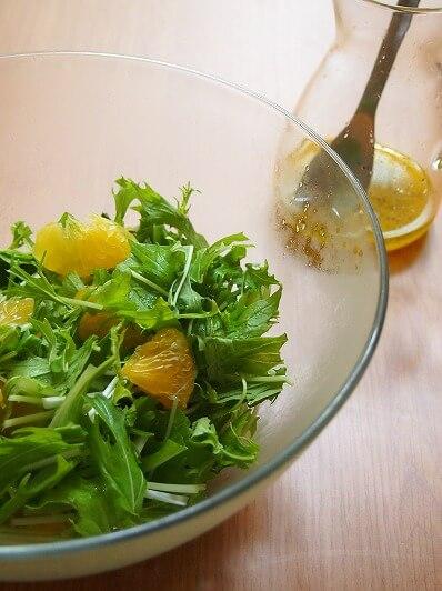甘夏と水菜のシンプルサラダ